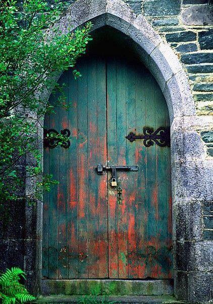 思わず開きたくなる 素敵な世界の扉集 ドアーズ 美しい場所 ドア
