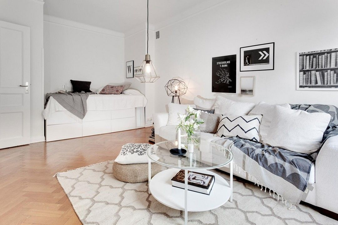 UN PETIT BIEN GRAND Living rooms, Small spaces and Room decor