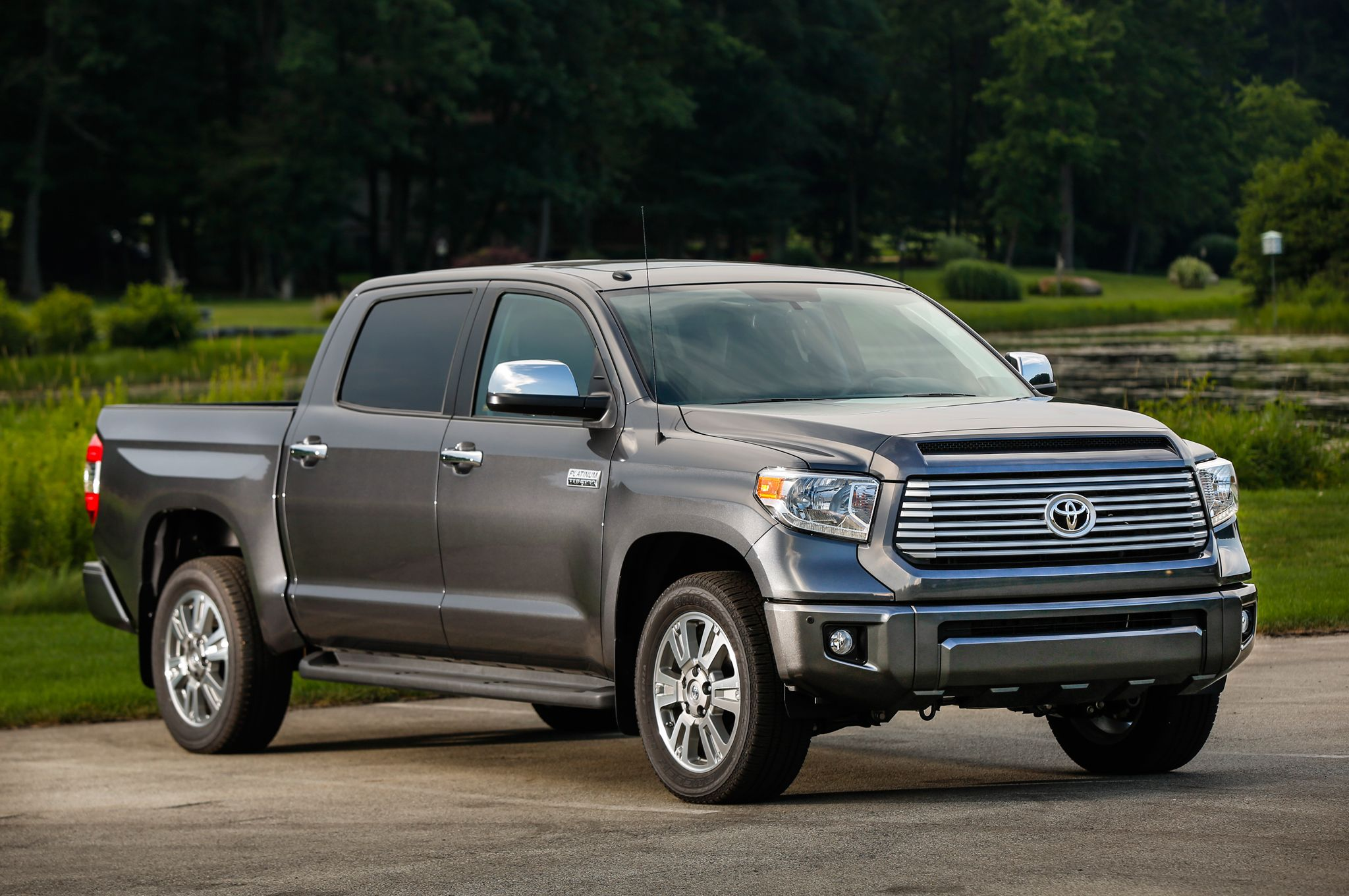 max options west short toyota edition ma crew vehicle veh in bed platinum tundra