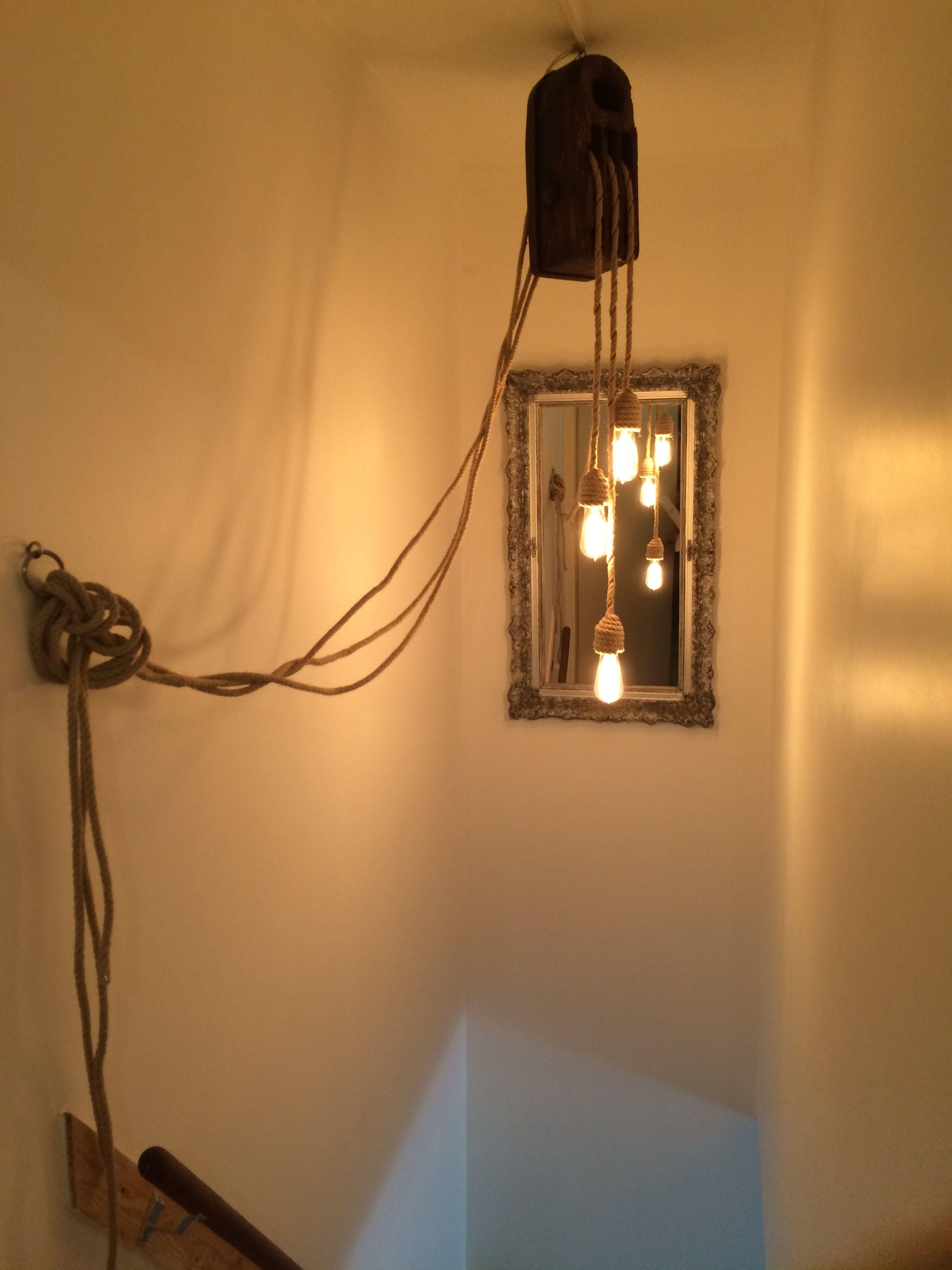 Lamp Gemaakt Van Oude Scheeps Katrol Met Touw En Edison Lampen Lampen Verlichting Muur