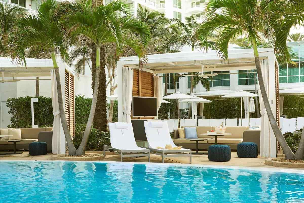 Poolside Beds & Poolside Beds | Pool Design Ideas | Pinterest | Pool designs Double ...