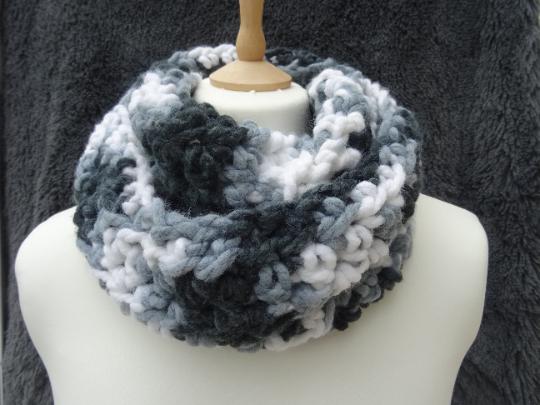 blue velvet loop scarf Navy blue velvet snood//cowl Christmas gift,