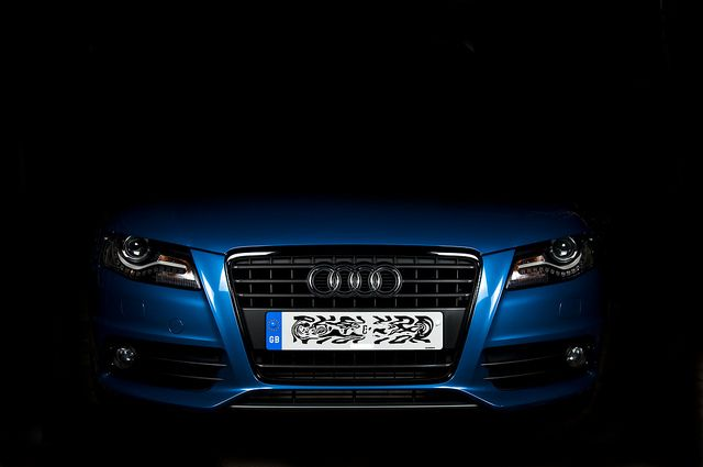 2011 uk audi a4 avant s-line black edition in aruba blue. 2.0tdi