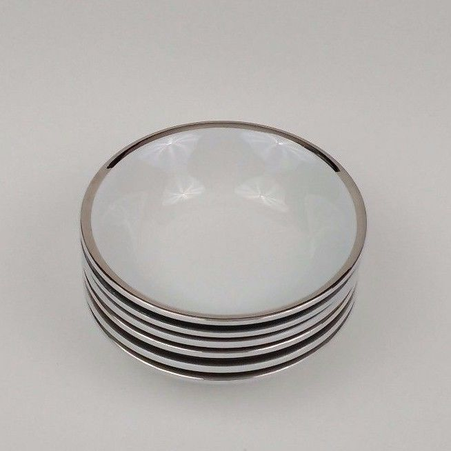 6 WH Grindley and Co Satin White 5 in. Monkey Dishes Desert / Side Bowls & 6 WH Grindley and Co Satin White 5 in. Monkey Dishes Desert / Side ...
