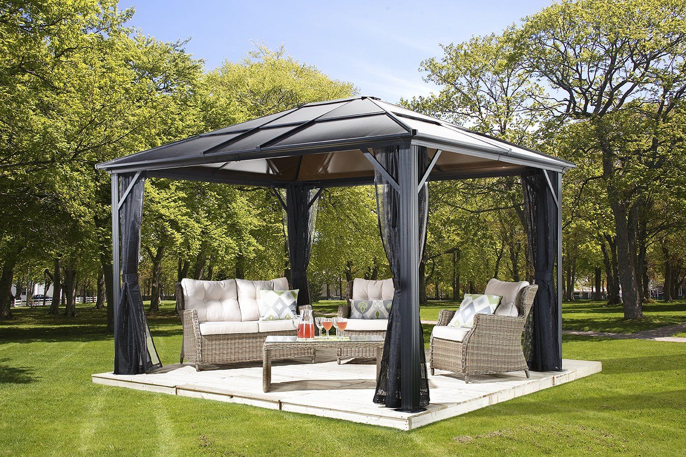 Amazon Com Meridien 10 X12 Charcoal 77 Hard Top Sun Shelter Aluminum Structure 8mm Polycarbonate Roof 2 Patio Gazebo Hardtop Gazebo Aluminum Gazebo