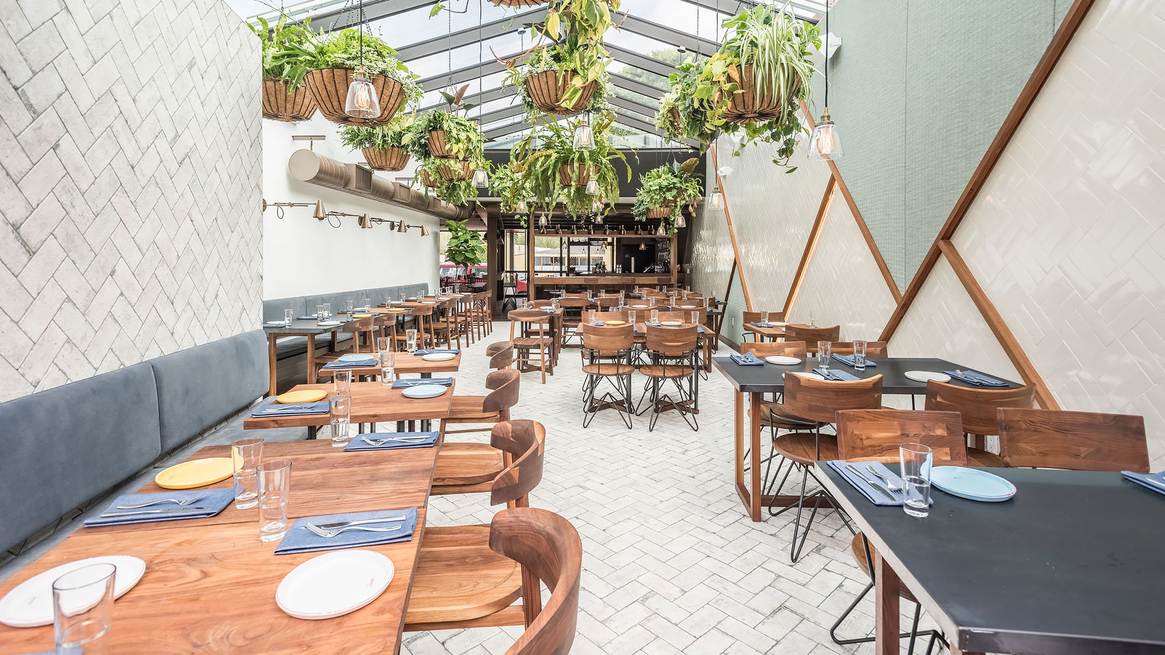 Rosaline Marks A Sunny Peruvian Return For Ricardo Zarate Peruvian Restaurant Los Angeles Restaurants Los Angeles Food