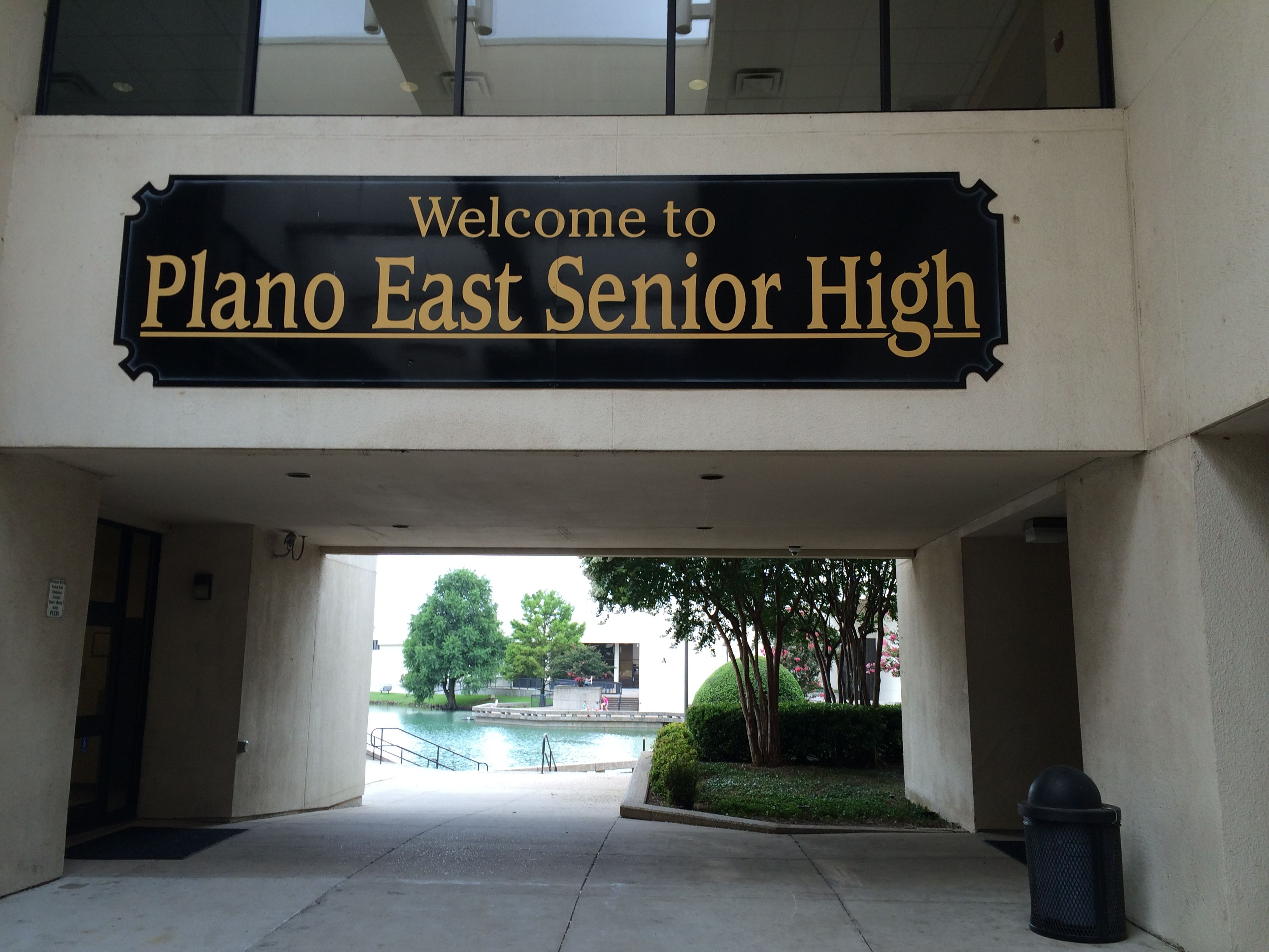 Plano East Senior High School Located At 3000 Los Rios Plano Texas 75074 Is In A Beautiful Area Of The City Of Plano Texas 75093 It Is Surrounded By Rolling