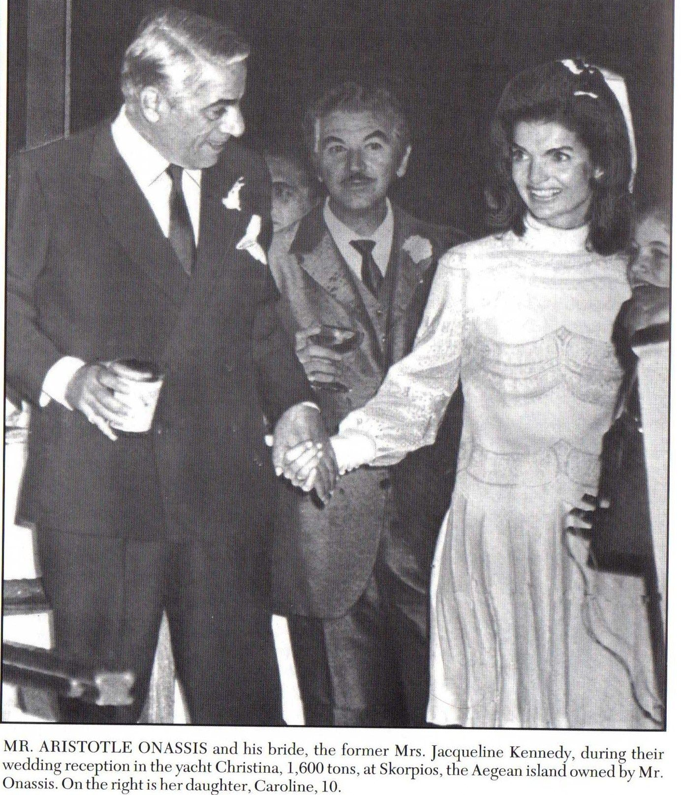 Jacqueline Kennedy On Her Wedding Day To Aristotle Onassis -9426