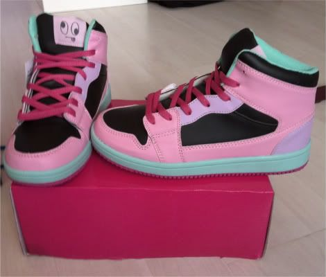 pastel sneakers  (DC) 80's style LOVE