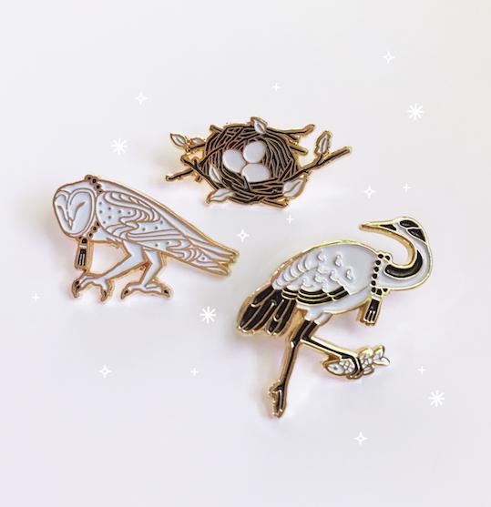 My first attempt at designing enamel pins! | JNP-纪念品