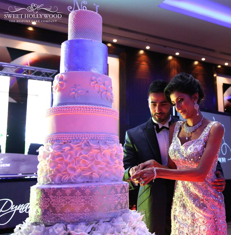 Sweet Hollywood Created This Magnificent The Empress Designer Wedding Cake Park Plaza Westminster