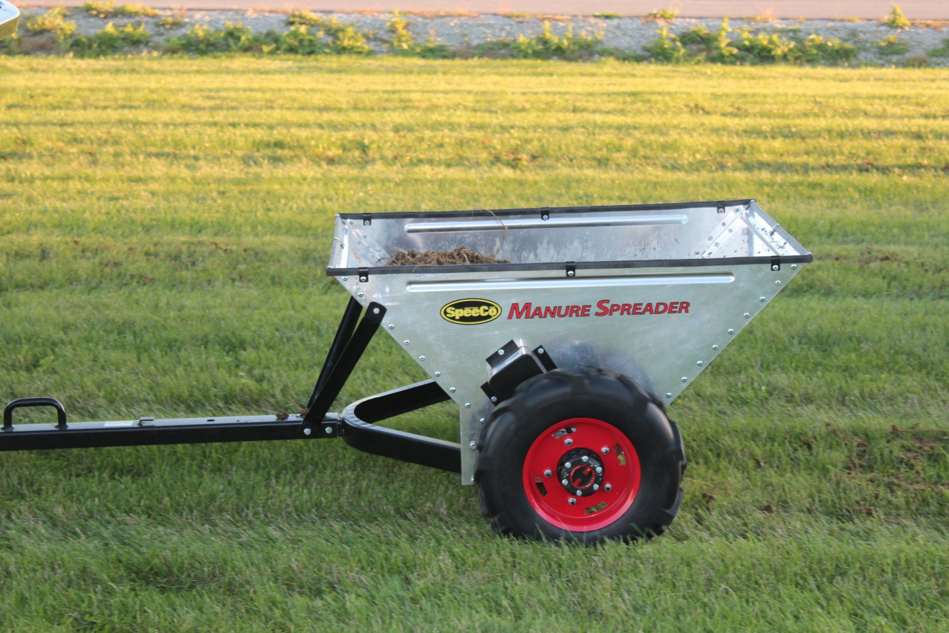 Horse Manure Spreader : Our small manure spreader chicken scratch hobby farm