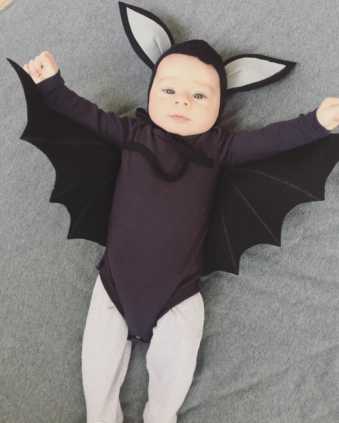 """Tal Kleinbort on Instagram: """"My baby bat ❤️🦇 first"""