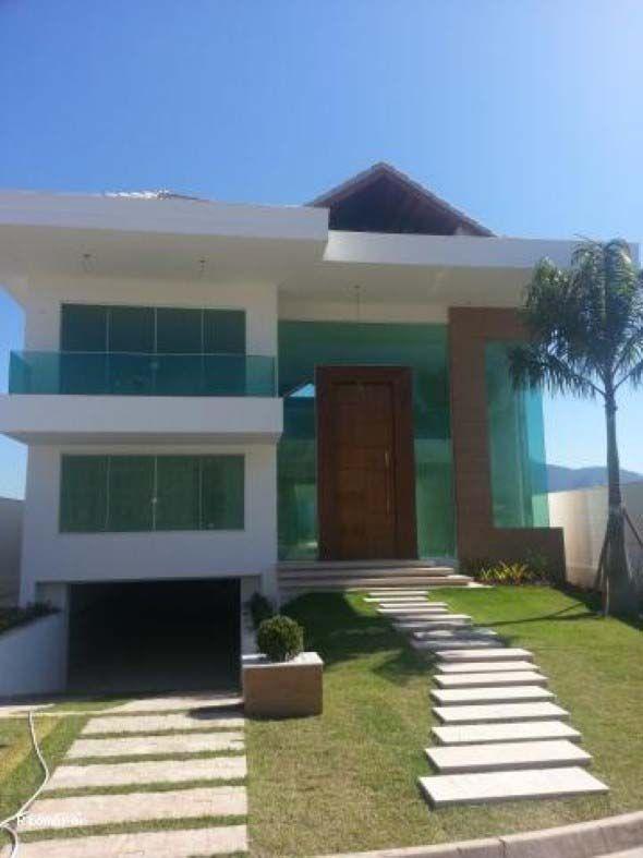 Fachada com garagem subterr nea 015 houses doors for Casa moderna 9x9
