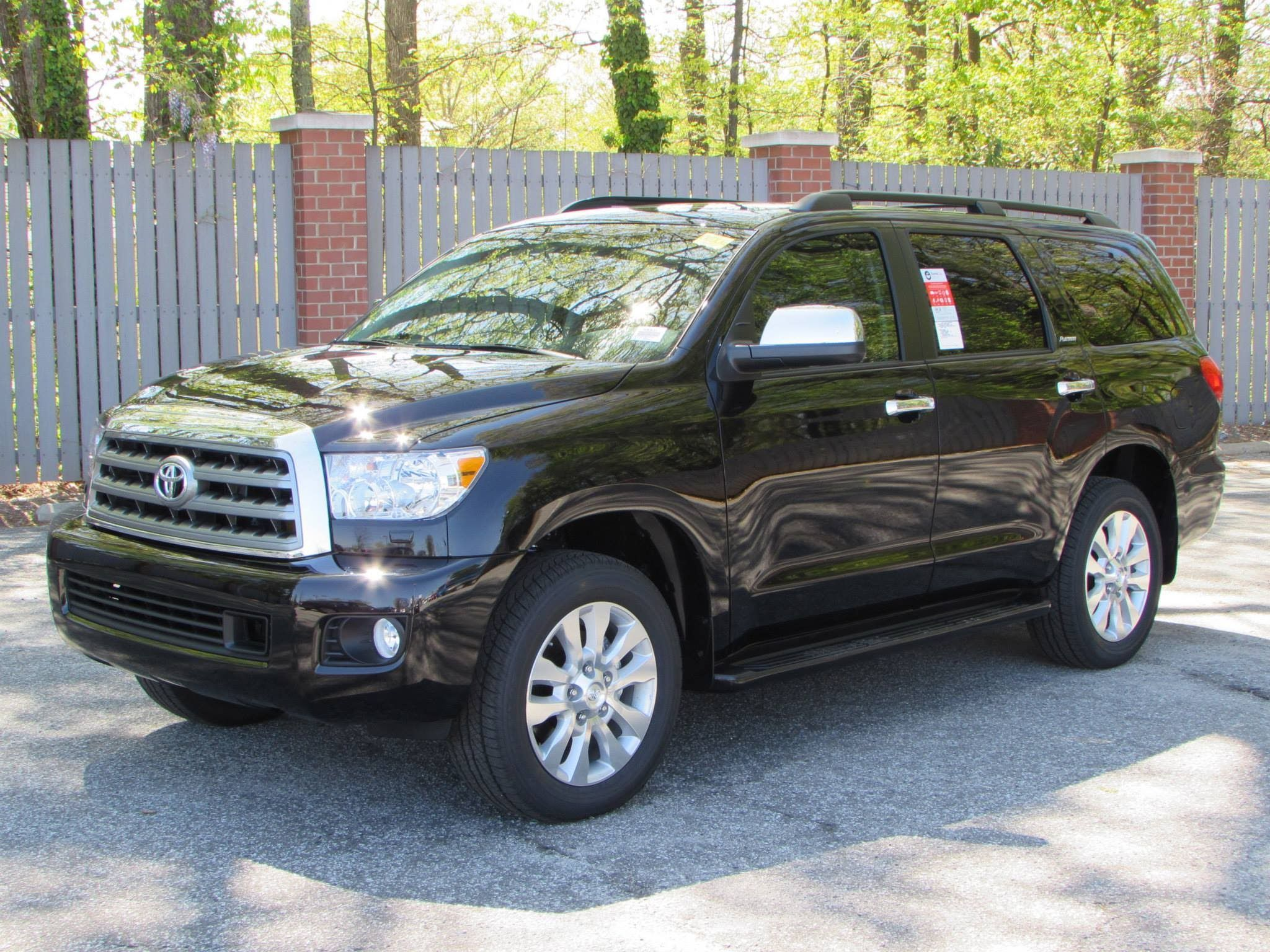 2015 Toyota Sequoia Platinum 4WD Start Up Exhaust and In Depth