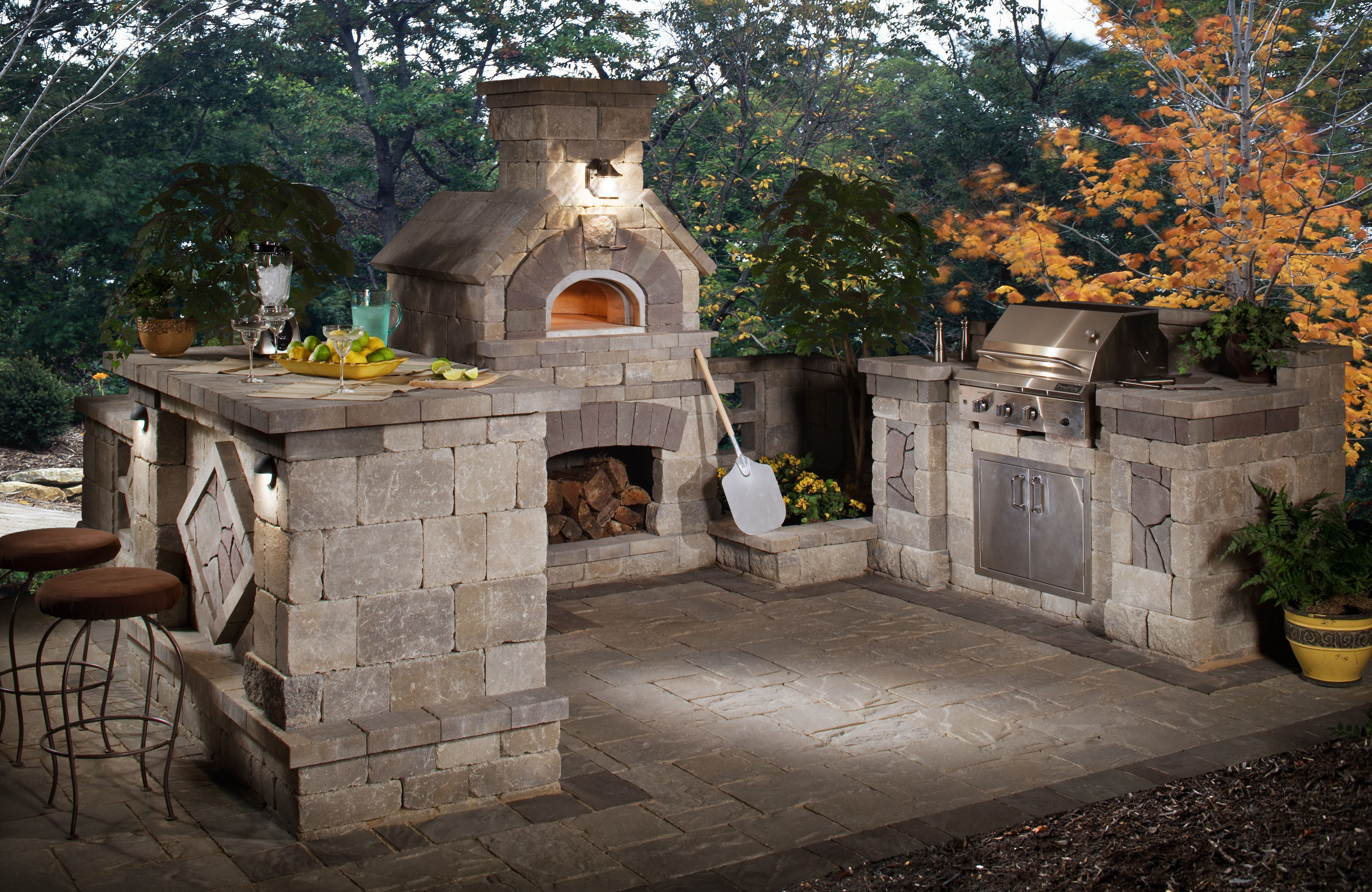 We Will Be Hosting Belgard Elements Training Sessions In The San Antonio And Dallas Areas In Outdoor Fireplace Designs Backyard Kitchen Outdoor Kitchen Design