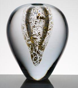 anna-torfs-decorative-accessory-vase-vaza-zlata-solo-vase-decorative-accessory-glass-harlequin-london