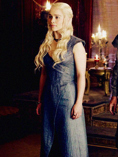 Daenerys Targaryen | Game of Thrones Daenerys blue dress ...  Daenerys Targar...