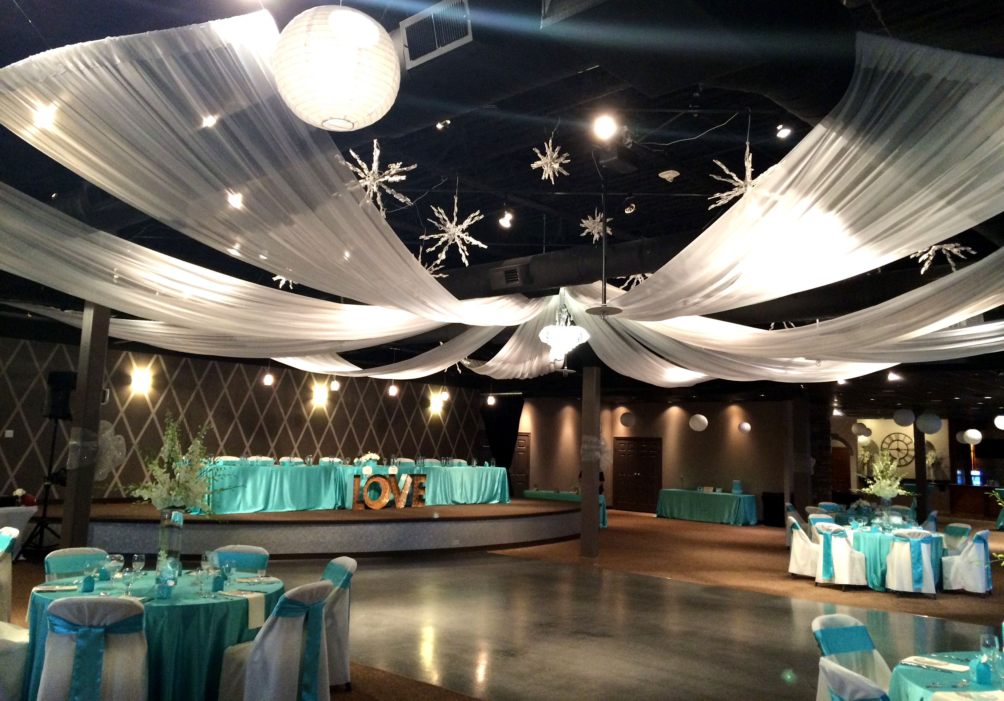 The Hills Event Center Omaha Ne Wedding Venue Rustic