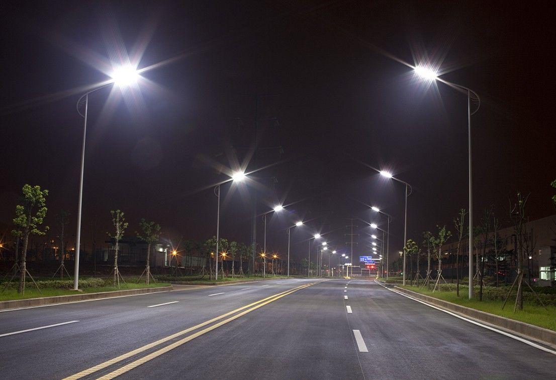Artificial Lighting Has Very Real Effects On Invertebrates Led Street Lights Street Light Led Parking Lot Lights