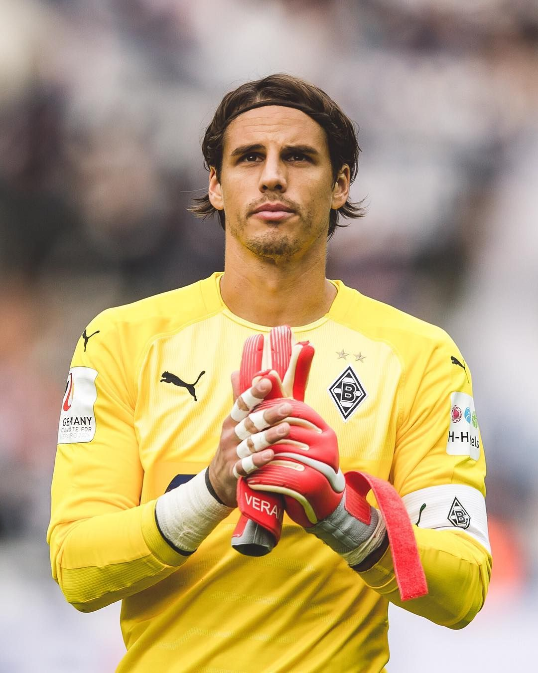 Yann Sommer Instagram Com Disappointing Result But Thank You For The Great Support In Berlin Ys1 Verano Borussia Greatful Supportive Russia