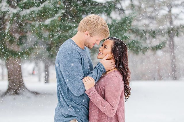 Yesterday's engagement session went from a light snow to a pure winter wonderland! And these two were a dream!! Love the way they looked at each other😍 #alyssiabphotography #utahengagementphotographer #weddingphotographer #weddingphotography #utahweddingphotography