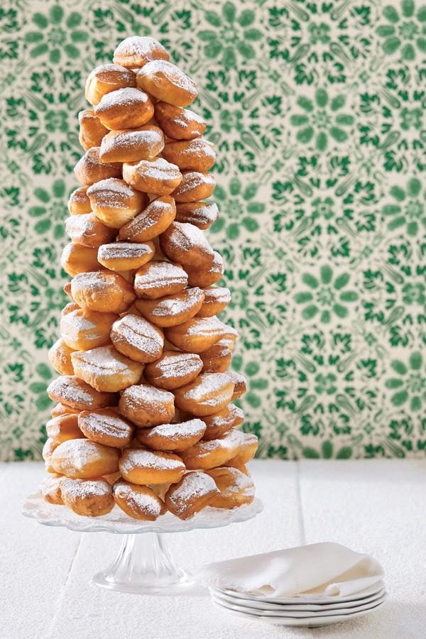 Desserts That Will Wow the Entire Family Christmas desserts, Tower