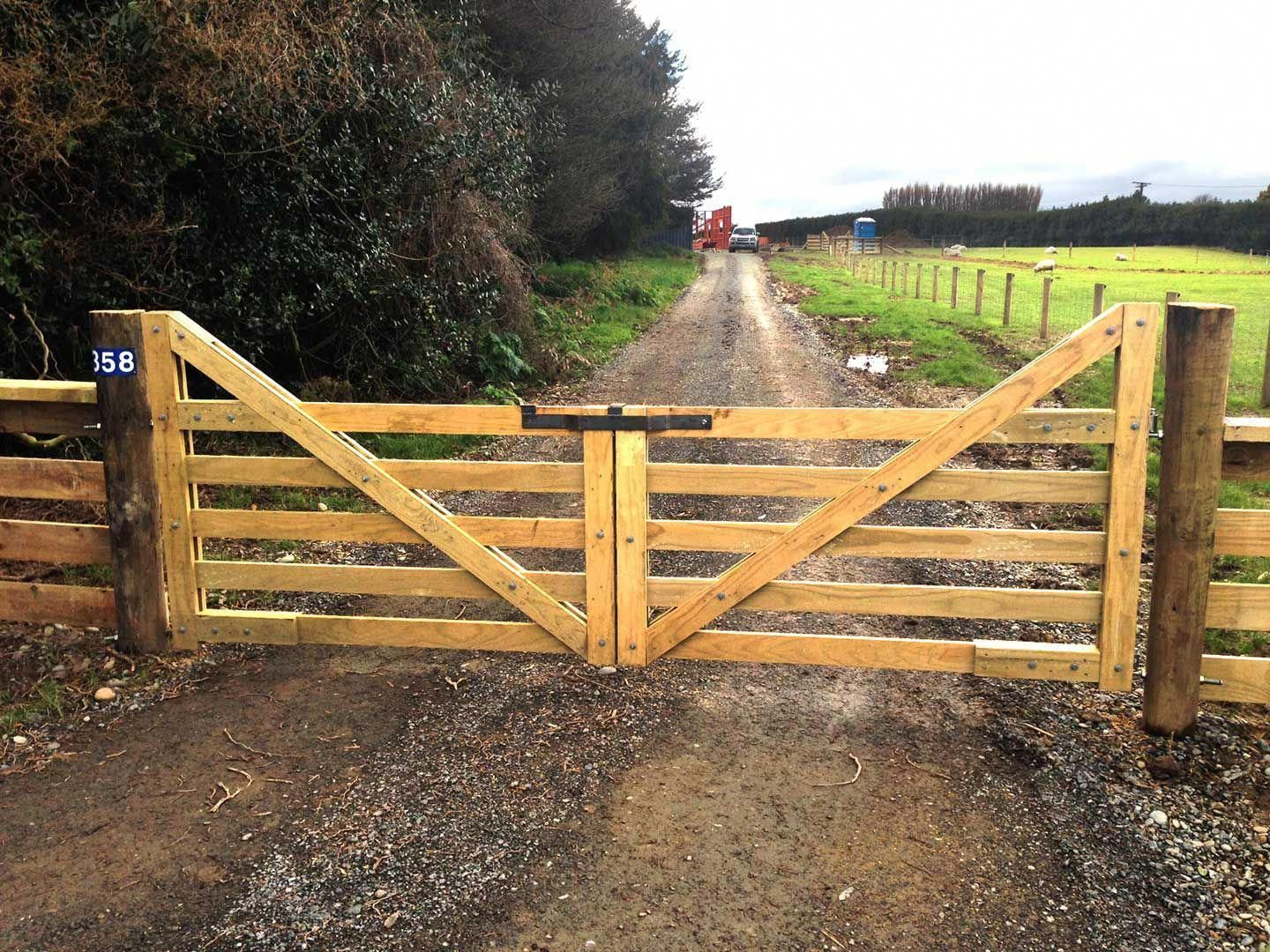 Read Our Website Page For Way More With Regard To This Delightful Fence Gate Fencegate Farm Fence Gate Farm Fence Backyard Fences