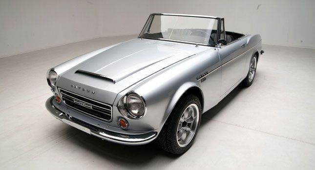 my brother s first auto love the datsun 2000 racing pinterest rh pinterest com Datsun 710 1963 Datsun Roadster