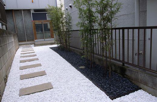 砂利を使ってシンプルモダンな庭に オシャレな砂利の使い方