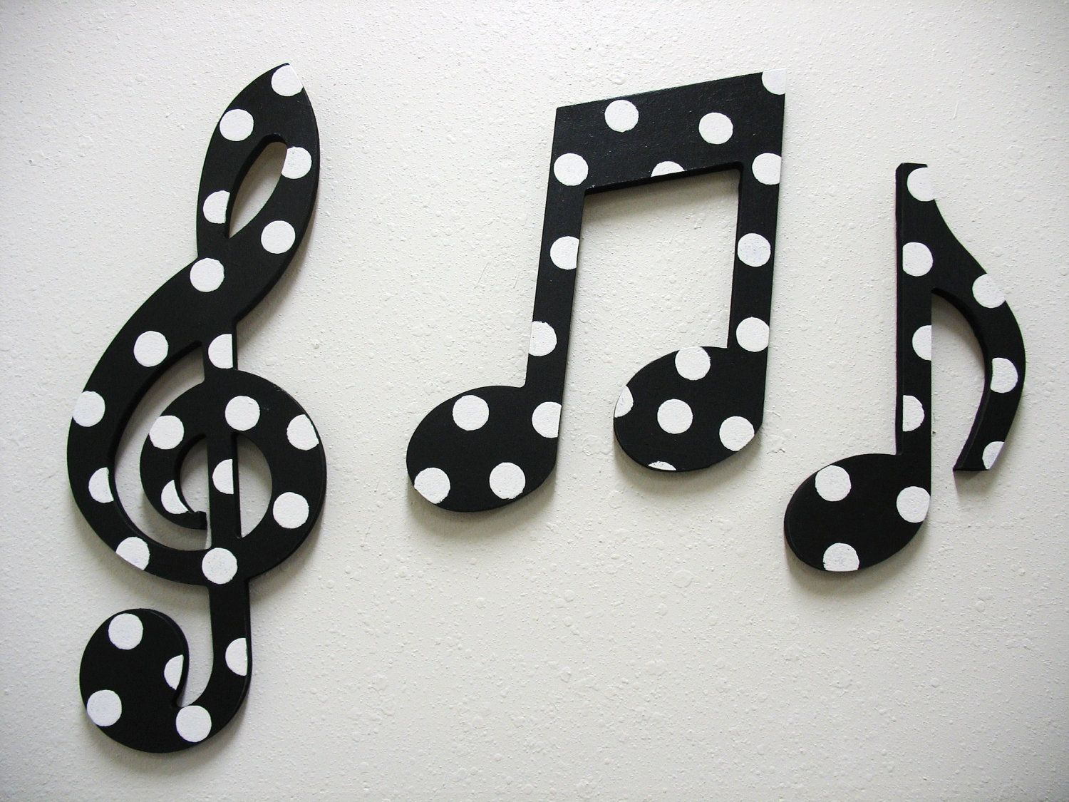 black and white home accessories music notes wall decor black and white by twopinkdots on - Music Wall Decor