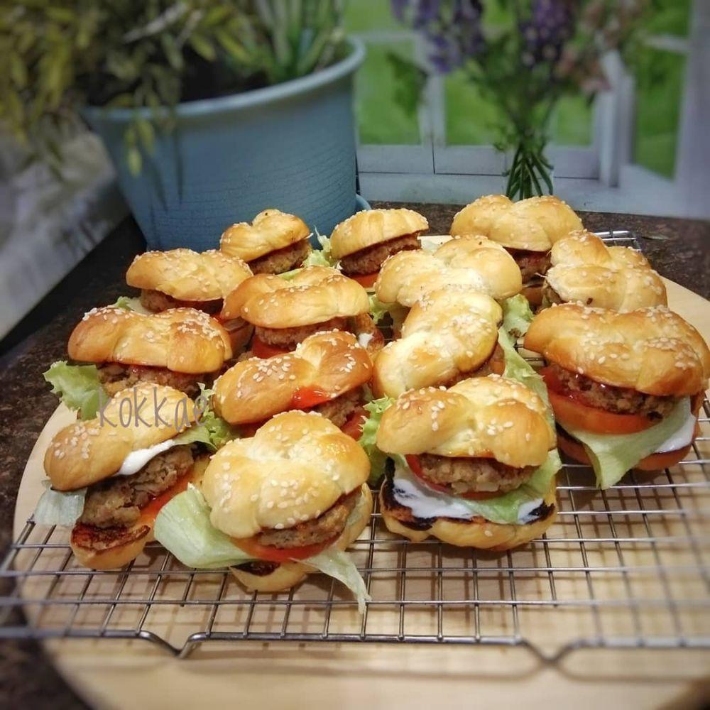 Resep Burger Ala Rumahan Instagram Resep Burger Roti Burger Saus Sambal