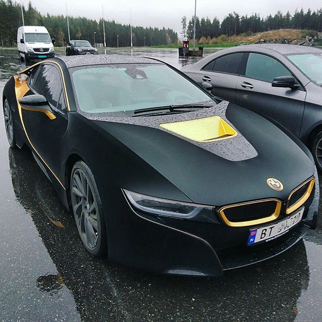 Velvet I8 With Gold Parts Yes Or No Follow Carsdaily Norway