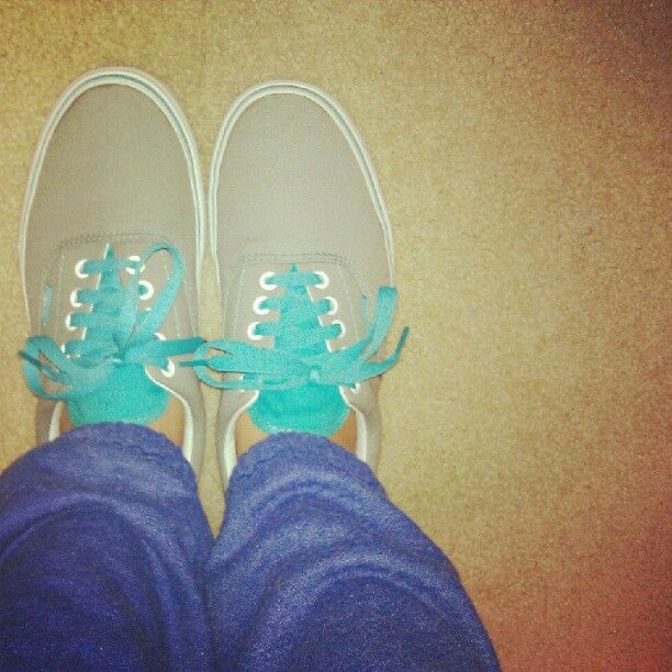 Vans shoes met blauwe veters...kan ik ook nog doen :)