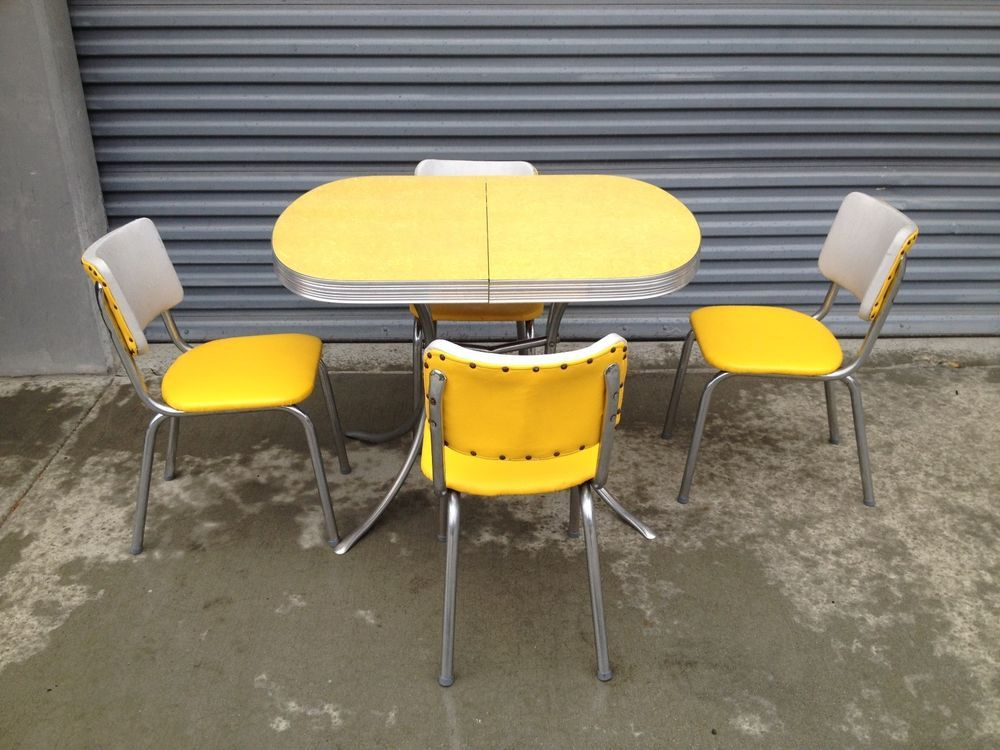 1950 S 60 S Retro Vintage Yellow Chrome Formica Kitchen Table And 4 Chairs Kitchen Table Centerpiece Retro Kitchen Tables Primitive Kitchen Decor