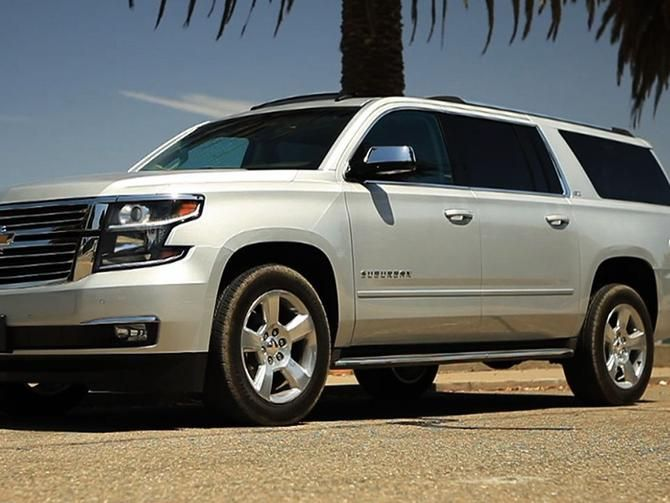 2015 Chevy Suburban Big Fresh And Tech Laden Cnet On Cars