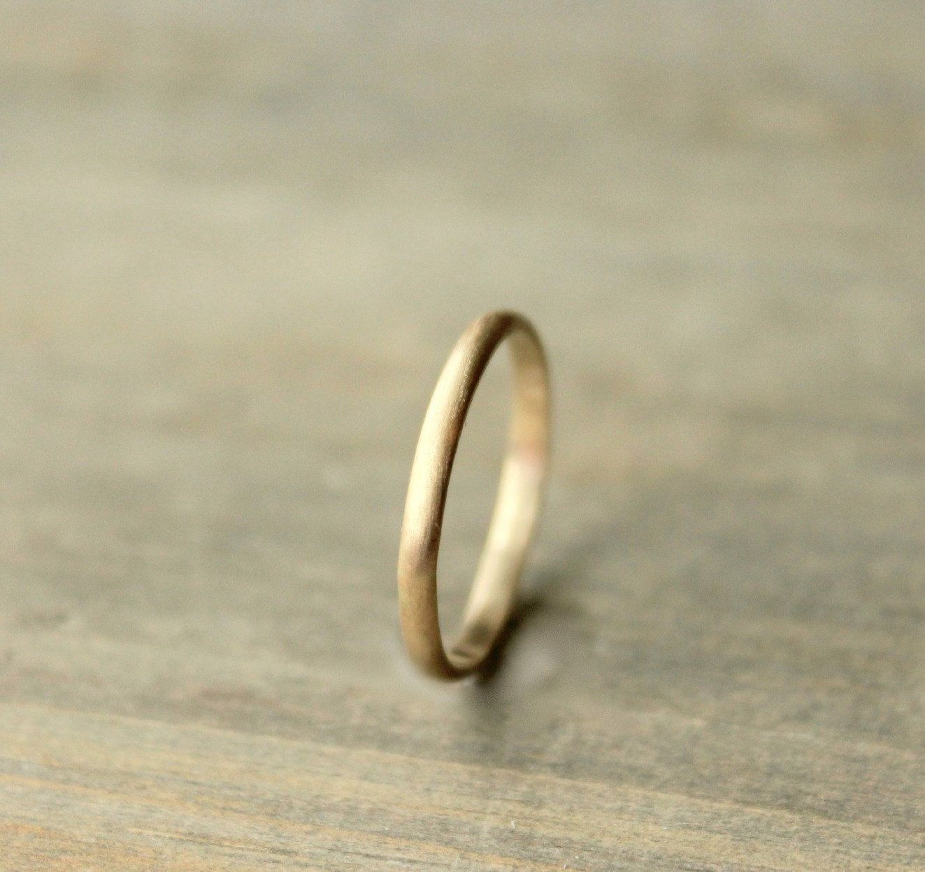 Simple peefection. Wedding band. If my future husband ever looks at my interest board!