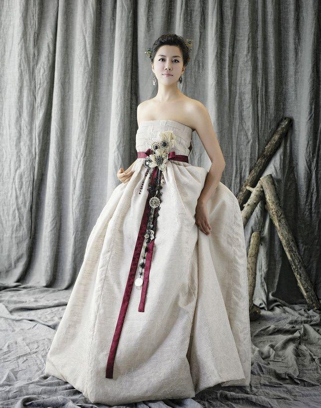 best hanbok: 20 тыс изображений найдено в Яндекс.Картинках | woman ...