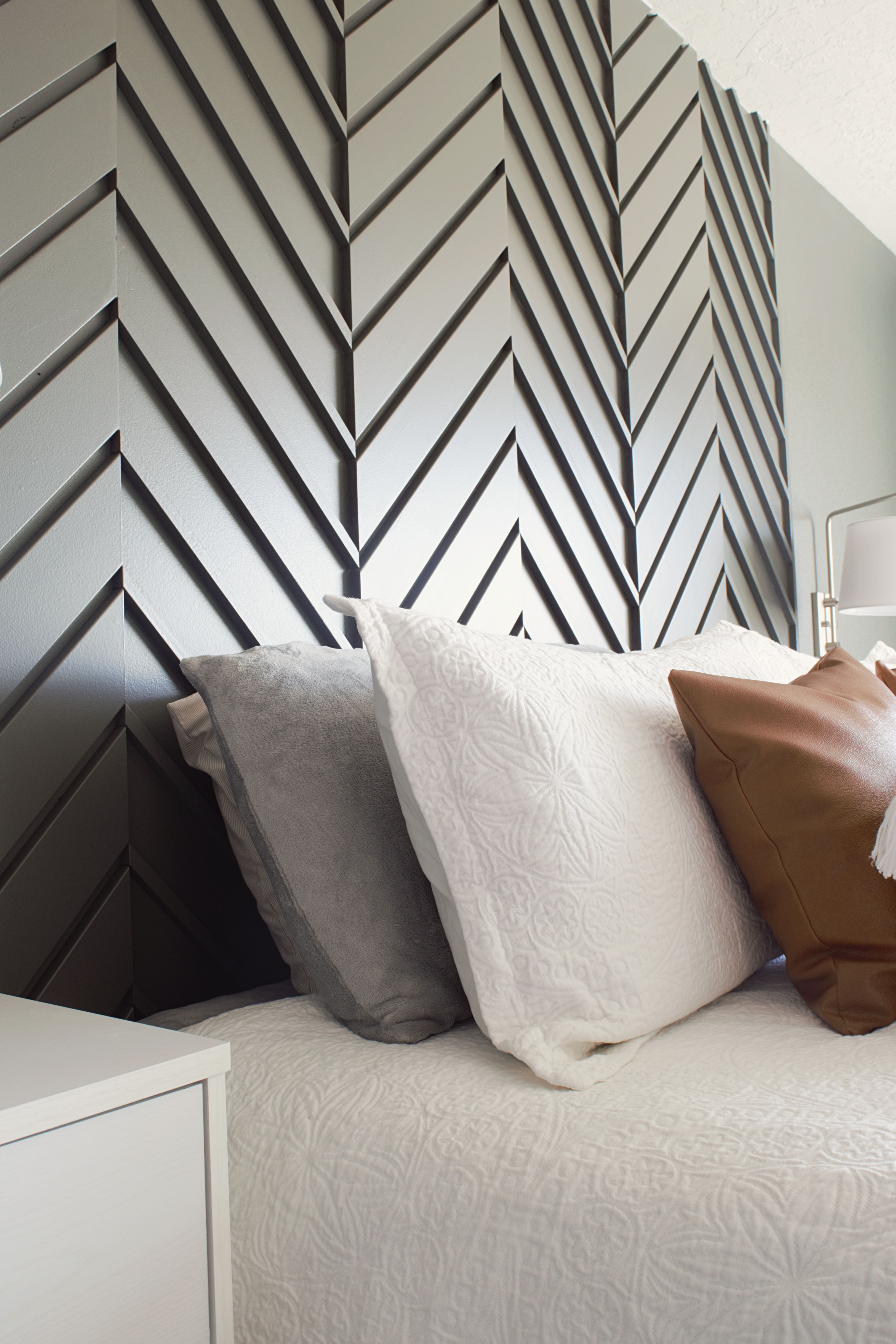A Modern Master Bedroom Accent Wall Accent Wall Bedroom Master