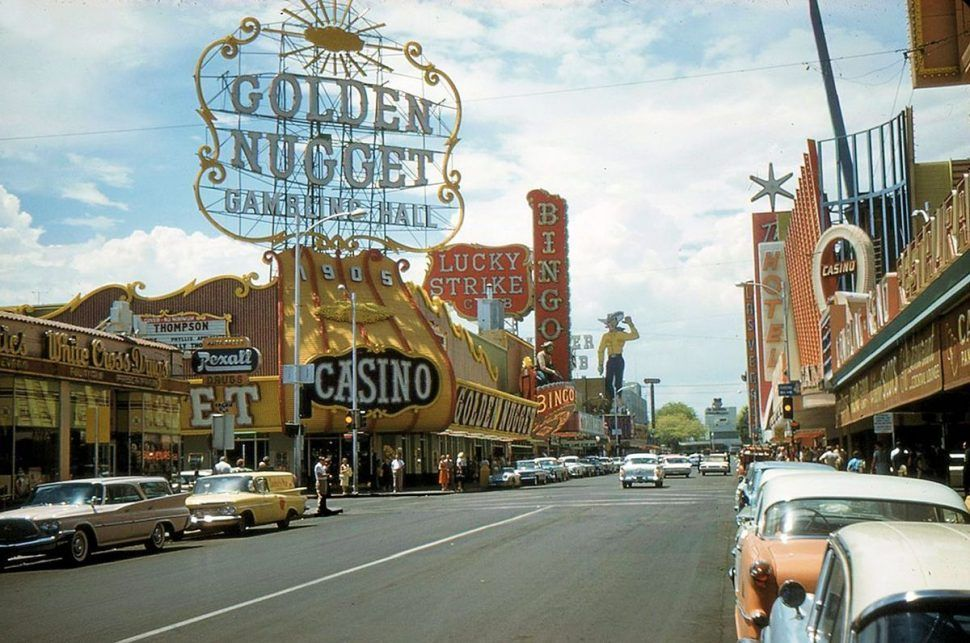 Las Vegas, 1961   Cars and glamour   Pinterest   Collector cars ...
