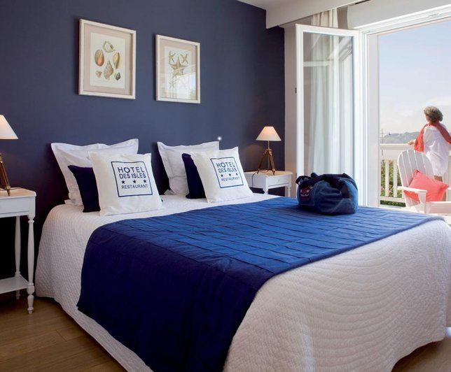 Photos d co id es d coration de style bord de mer deco for Chambre parentale bleue