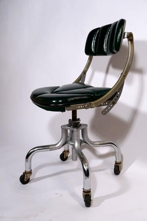 """Pair of 1940s """"Do-More"""" Chairs 4 