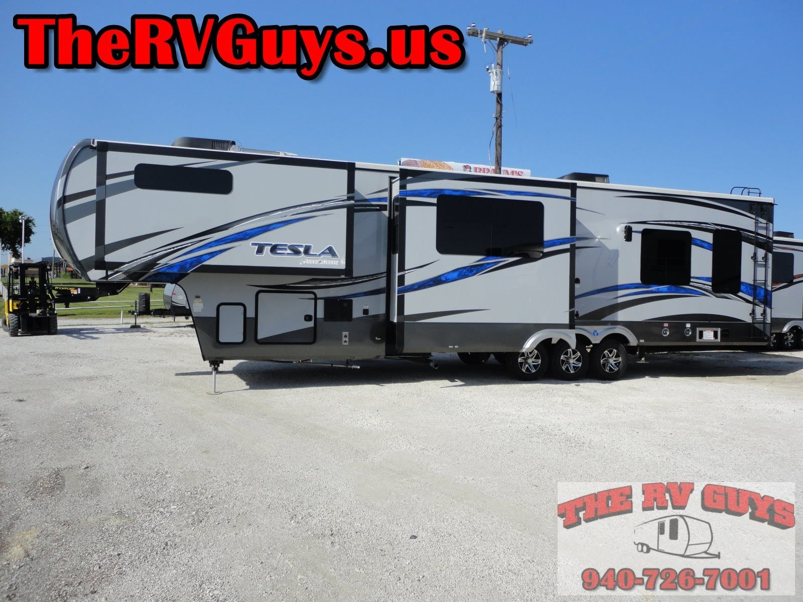 A Blow Your Mind Find 40ft Luxury 5th Wheel Toy Hauler 2015