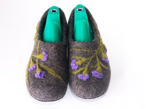 872b35d3c18ca House Slippers wool shoes women natural grey Slippers Handmade shoes ...