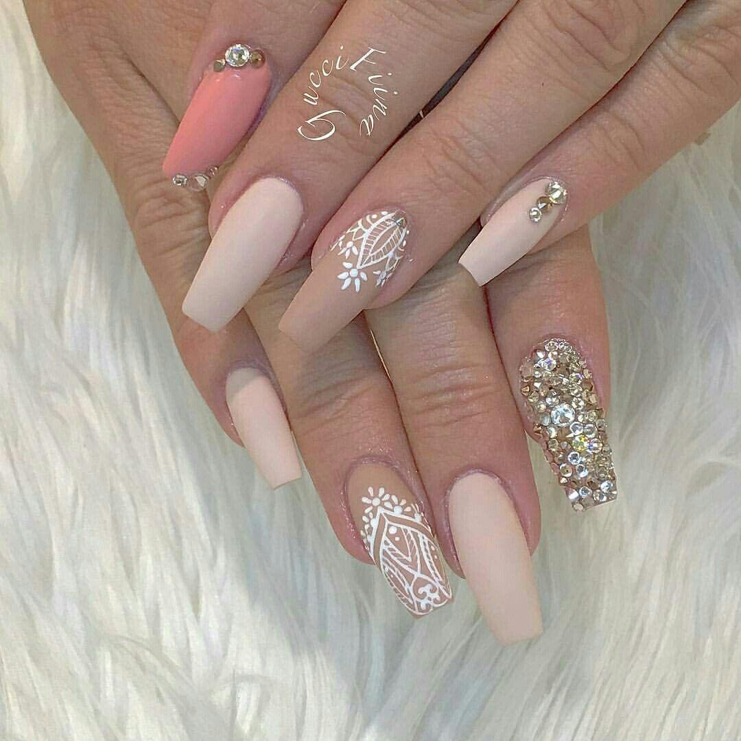 Pin von Isabelle Doss auf Nail | Pinterest | Nagelkunst design ...