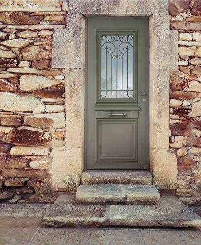 Héliopolis - Porte du0027entrée aluminium classique mi vitrée Belu0027M