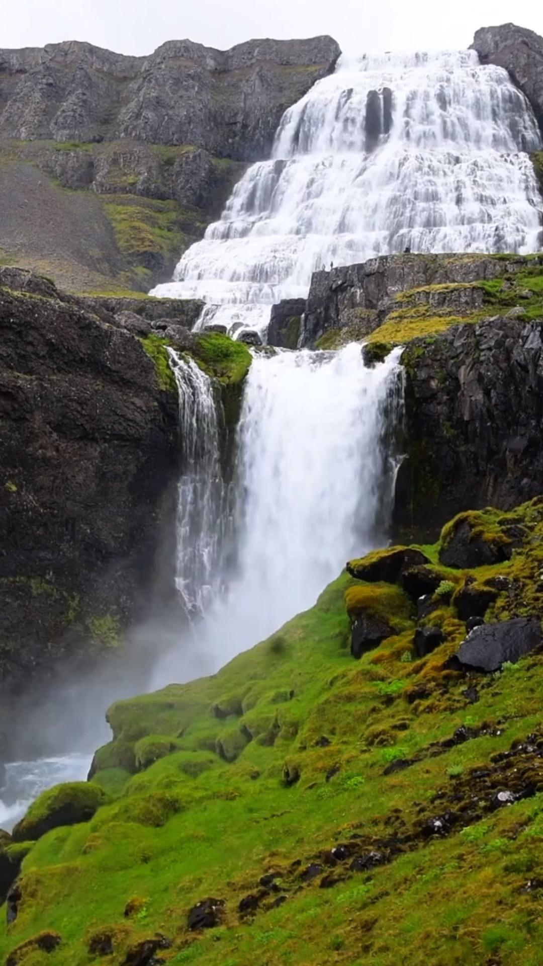 Campervan Iceland Trip • 15 Helpful Tips to Surviv