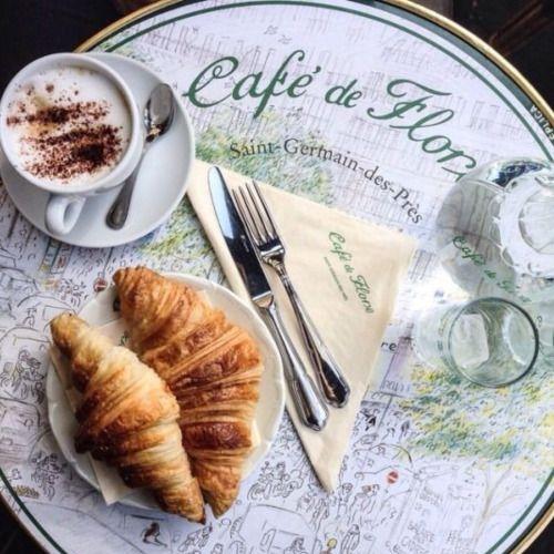 Café em Paris ...