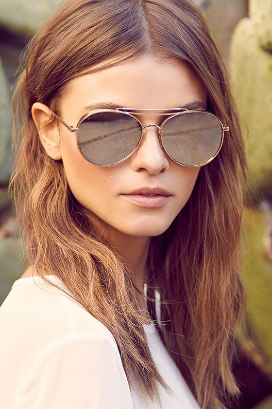 6366910833d Nothing says gilded and glamorous quite like the Perverse Solid Gold Mirrored  Aviator Sunglasses! Shiny gold mirrored aviators have thick frames. UV 400.