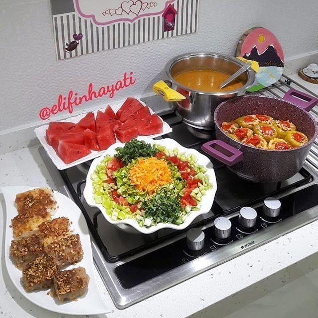 Ezogelin çorbası, Karışık Dolma, Salata, Süt ve irmik helvası, Karpuz. ?? . . Şahane tarifler için… – romanesque-briefing – Çorba Tarifleri
